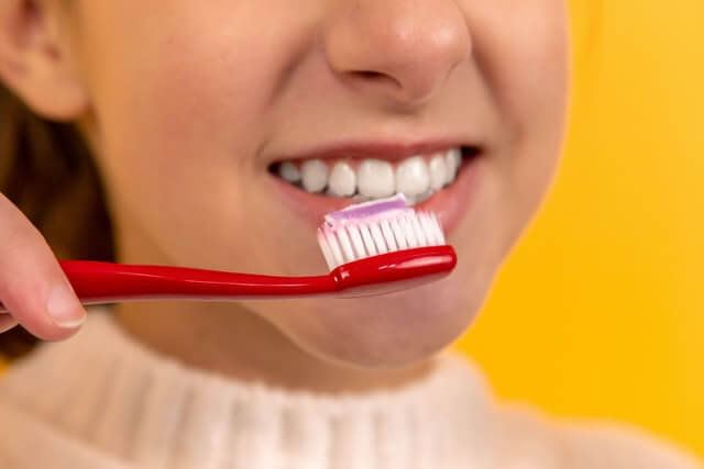 Your Questions About Teeth Whitening Answered